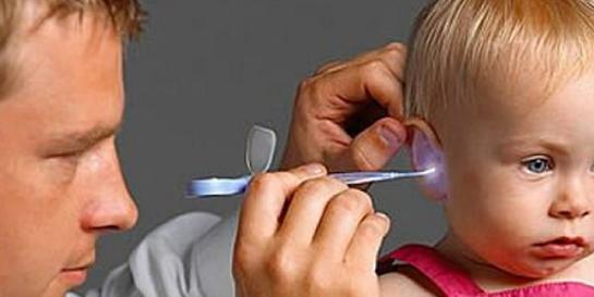 Bebeklerde Kulak Temizliği Nasıl Yapılır 1