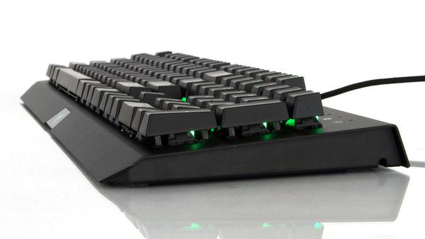 razer-blackwidow-x-chroma-klavye-ozellikleri-nelerdir-2